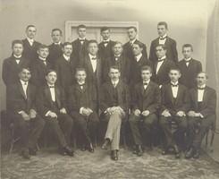 0U066 Régi iskolai fotográfia csoportkép 1911