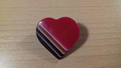 Szív alakú kitűző, bross 050