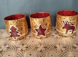 Piros mécsestartó arany füsttel, szarvas, fenyő, csillag mintás karácsonyi dekoráció