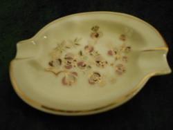 Zsolnay virágmintás elefántcsont színű hamutartó