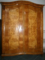 Szekrény 2 ajtós topolyagyökér betéttel