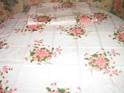 Gyönyörű rózsaszín ibolyacsokros vintage könnyű damaszt ágyneműgarnitúra