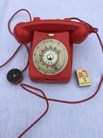 Régi Retro Piros Tárcsás Magyar Posta mechanikai művek telefon