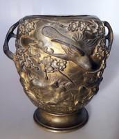 Keleti bronz edény
