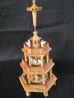 Fából készült három szintes betlehemes karácsonyi forgó