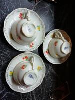 Eladásra kínálok Zsolnay kávés 3 db csésze és 3db alj hibátlan állapotban virágos