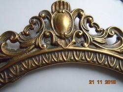 Antik nagy díszes tömör réz/bronz ovális képkeret lánc akasztóval-28x20,5 cm