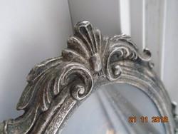 Antik ezüstözött ovális képkeret régi nyomattal-19x14 cm
