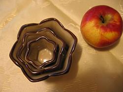 3 részes porcelán tálka, gyertyatartó