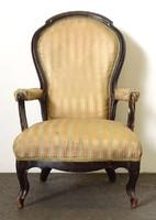 0T452 Antik nagyméretű neobarokk karfás fotel