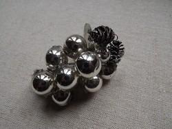 Szőlőfürt - régi ezüst színű karácsonyfadísz