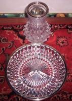 Ezüstözött szélű kristály váza és kínáló,