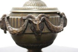 Bronz sas madár díszítéssel íróasztali kellék