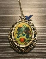 Bagoly mintás nyaklánc, barokkos keretben