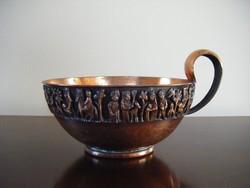 Tevan Margit csésze