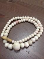 Antik (Angel skin) színű kagyló gyöngysor