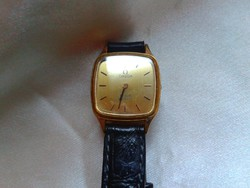 Női aranyozott Omega óra. Omega de Ville.