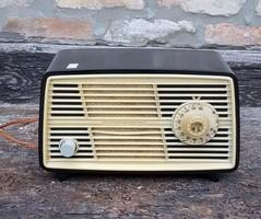Régi bakelit házas rádió