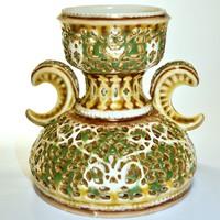 Zsolnay áttört váza az arab sorozatból