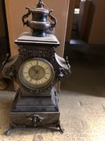 Eladó márvány/bronz óra