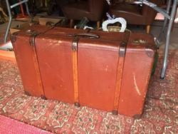 Utazó bőrönd 774cf87790
