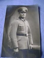 WW2,Német tiszt ,EREDETI STÚDIÓ FOTÓ  súdíó pecsétel  albumba volt sajnos ragasztva