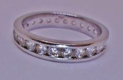 Gyönyörű antik kőrben köves ezüstgyűrű
