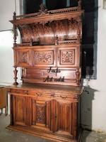 Gyönyörű monumentális,antik ,reneszánsz stílusú tálalószekrény!!