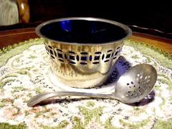 Gyönyörű, ezüstözött, áttört falú, üvegbetétes, porcukorkínáló edény, hozzá illő cukorszóró kanállal