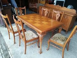 Étkezőasztal székekkel