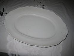 Ovális  Zsolnay tálca , , fehérben  32,5,x 22,5 cm       9.