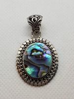 Abalone berakásos ezüst medál