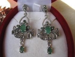 Markazit, smaragd köves chandelier ezüst fülbevaló - 925
