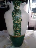 Muránoi jelzett váza zöld és arany díszítéssel!
