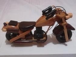 Motorkerékpár makett,fából készült.