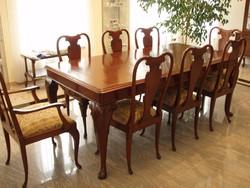Neobarokk étkezőasztal 8 székkel (2db karfás)