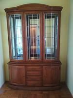 Vitrines szekrény, - Tálaló szekrény.