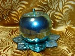 Retro pálinkás készlet stampedli alma formájú tartóban