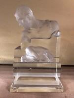 Üveg szobor