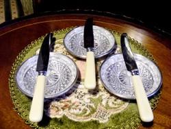 A Titanic éttermi felszerelésének gyártójától kristálybetétes vaj, kaviár, vagy pástétom kínáló