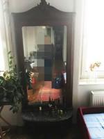 Hatalmas Bécsi barokk tükör márványlapos asztalkával