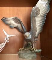 """Lladró """"Freedom , Liberty sasok"""" porcelán szobrászat aláírásával, 1989-90"""