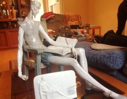 Don Quijote Llardo porcelán szobor + emléktábla.