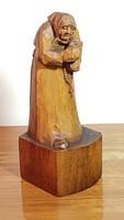 Antik faragott fa szobor