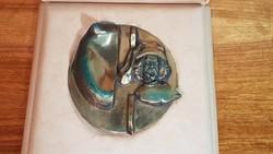 Bronz iparművészeti kisplasztika. Művészeti Alap Képzőművészeti Szakosztályának díja