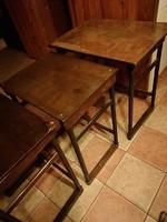 3 db szecessziós egymásba rakható lerakó asztal