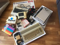 Commodore64 PC, sok kiegészítővel!