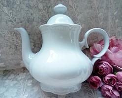 Fehér porcelán teás kanna