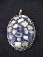Századfordulós antik féldrágaköves medál fém foglalatban