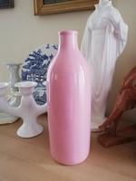 Rózsaszín palack váza